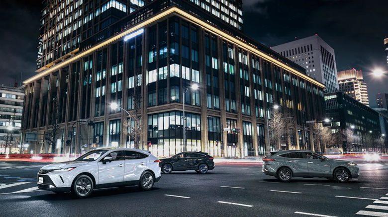 トヨタ新型ハリアーのボディカラー全色!人気カラーと内装色のお勧め